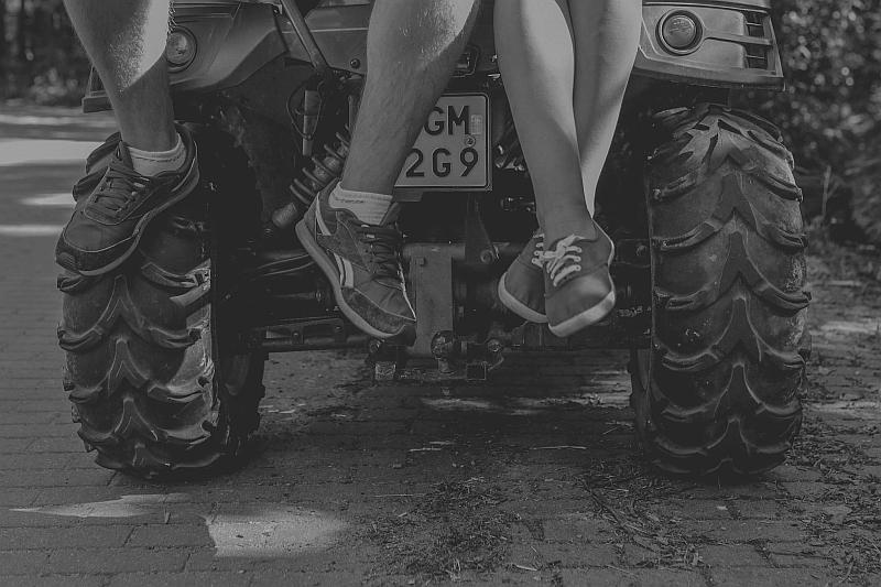 sesja narzeczeńska warszawa, sesja w warszawie, fotografia ślubna warszawa, fotograf ślubny warszawa, wedding warsaw photographer legionowo, fotografia ślubna legionowo, fotograf ślubny łódź, fotograf ślubny lublin, romantyczna sesja narzeczeńska, sesja narzeczeńska warszawa sesja w teresinie pałacyk