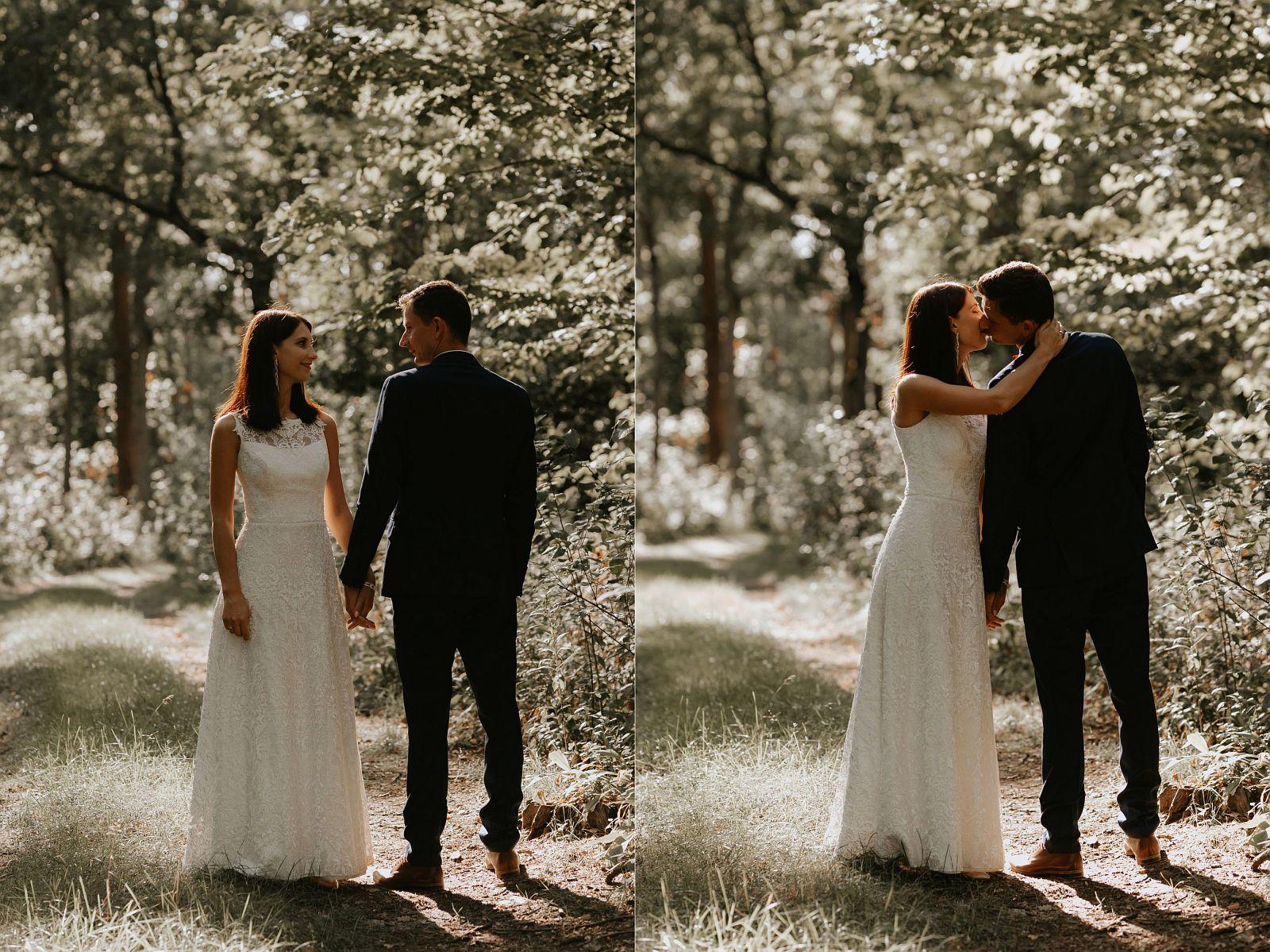 sesja ślubna w lesie w promieniach słońca